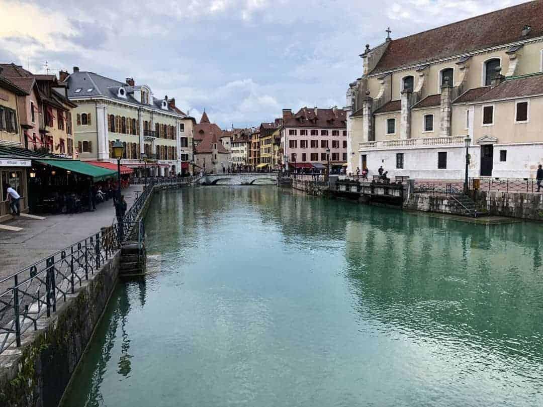 Annecy Fluss Häuser