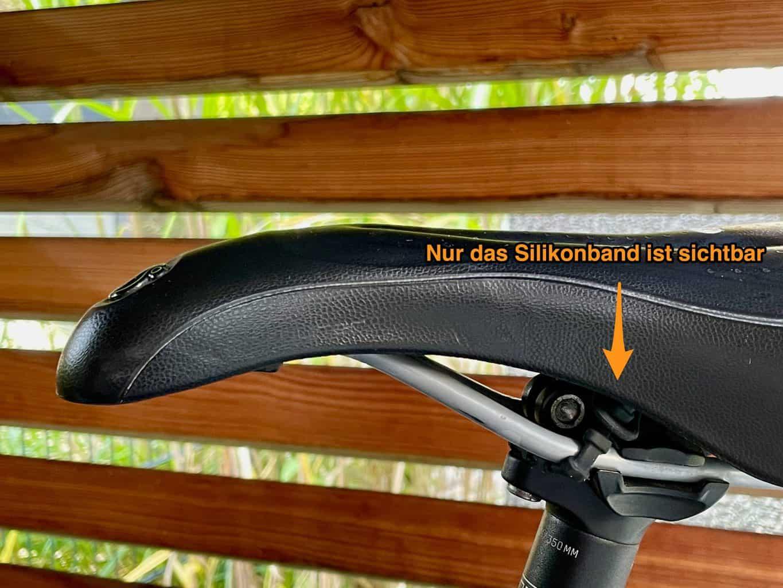 Apple-Airtag-fast-unsichtbar-unterm-Fahrrad-Sattel