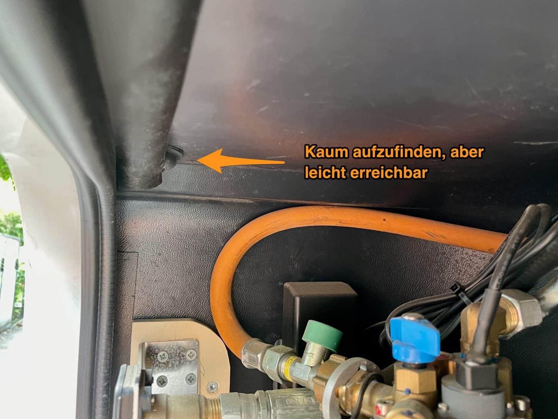 Apple-Airtag-im-Wohnmobil-Gaskasten-verstecken