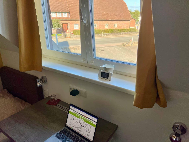 Bloggen-arbeiten-campen-mit-GlocalMe-U3X-mobiler-WLAN-Router-mit-Dual-Modem