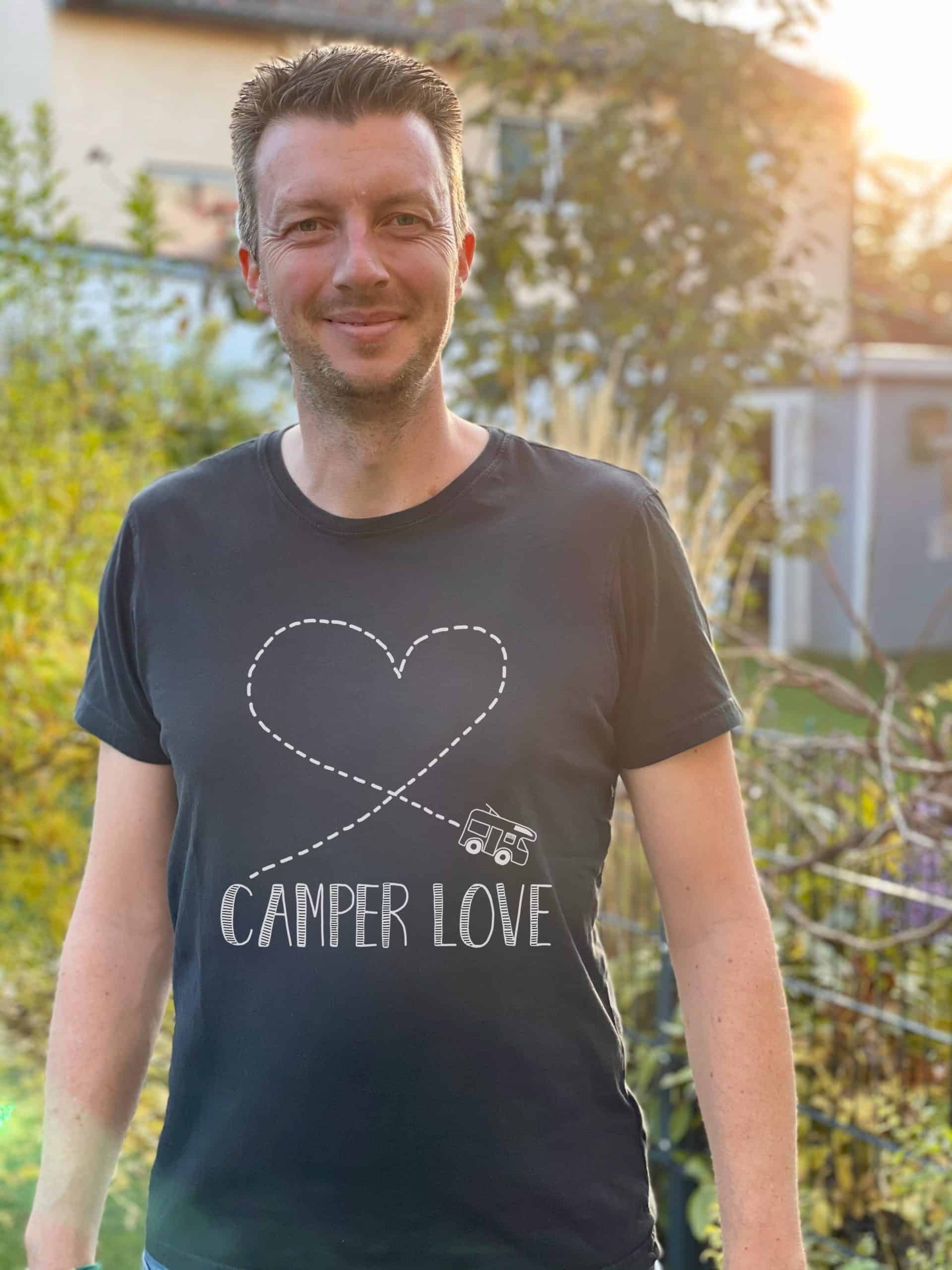 Camper-Love-Shirt-black2