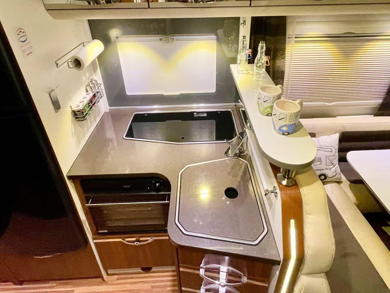Camperboard-Wohnmobil-Küchenablage-Das-neue-Ablagebord