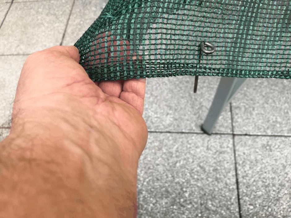 Camping-Bodenbelag-Netz-Heringe-Beispiel