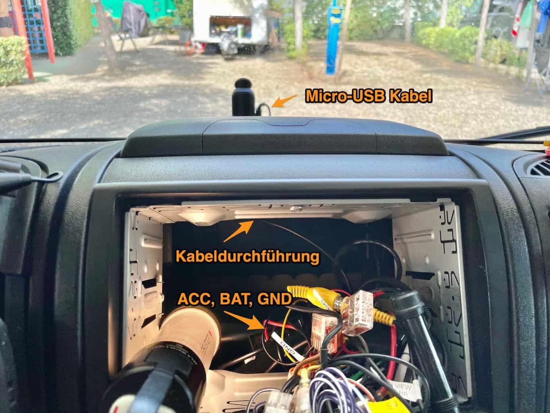 Dashcam-Garmin-Mini-2-einbauen-Mit-Beschriftung