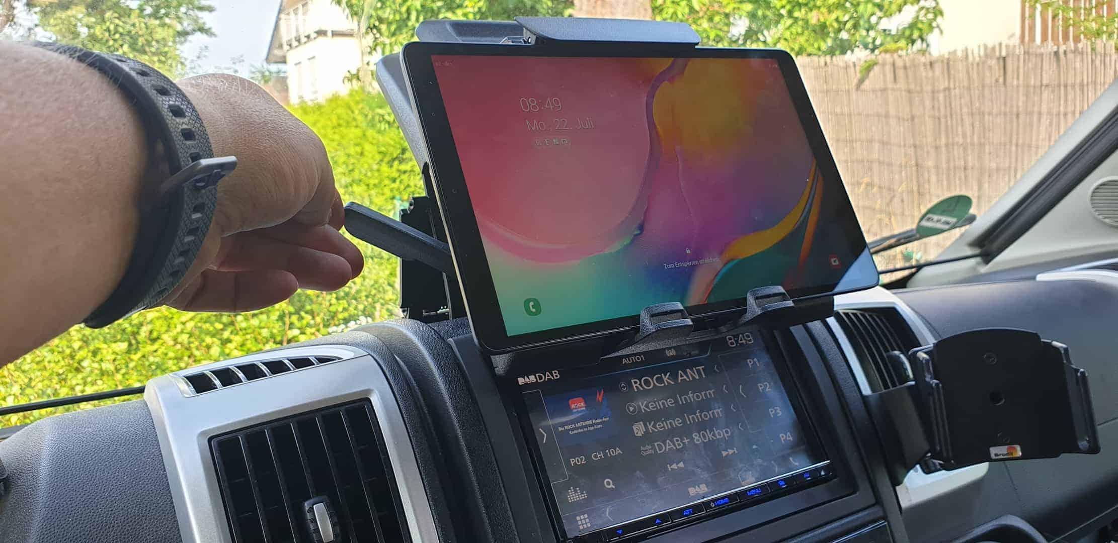 Ducato_Pössl_Navigation_Klemmbrett_Tablet