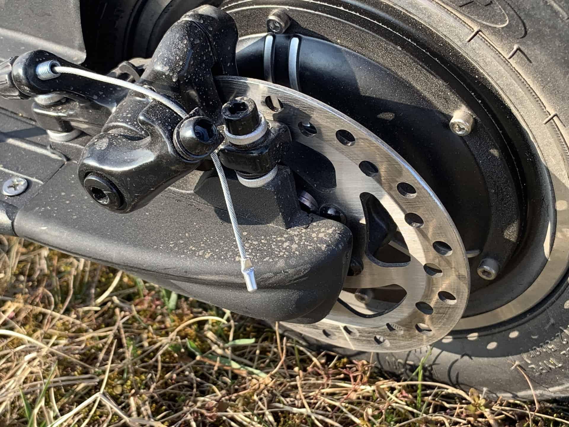 E-Scooter_Monowheel_Wizzard_2_5_Scheibenbremse