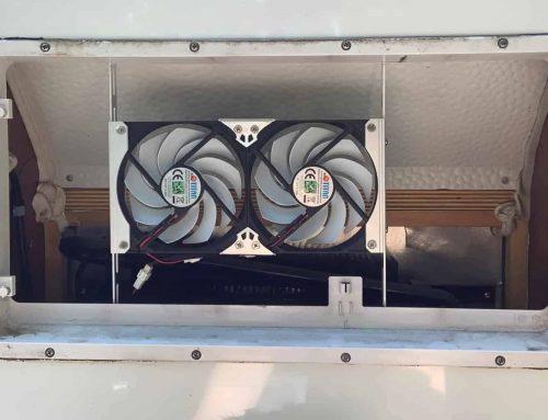 Temperatur im Camping-Kühlschrank mit einem Lüfter senken