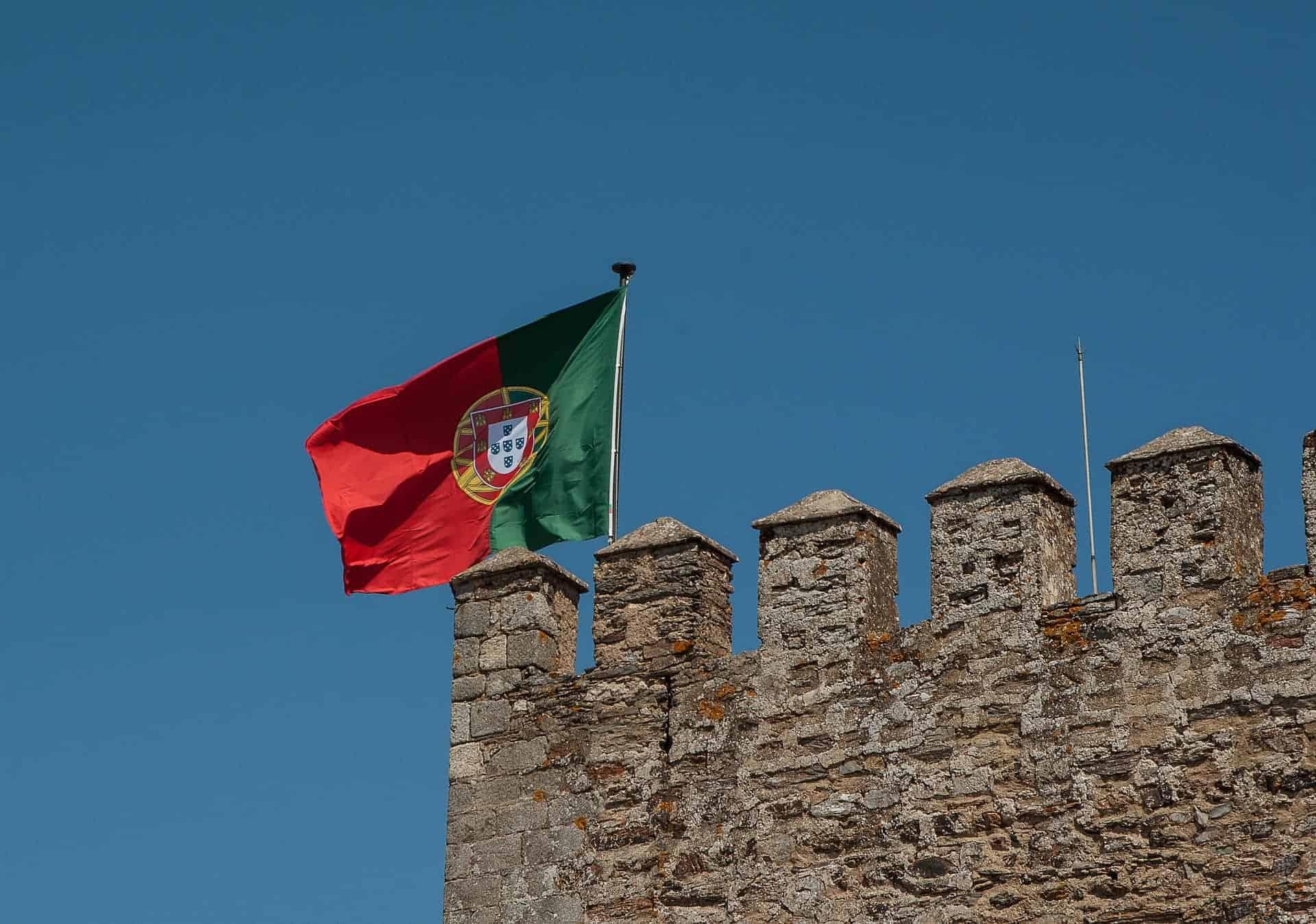 Flagge_Portugal_Burg