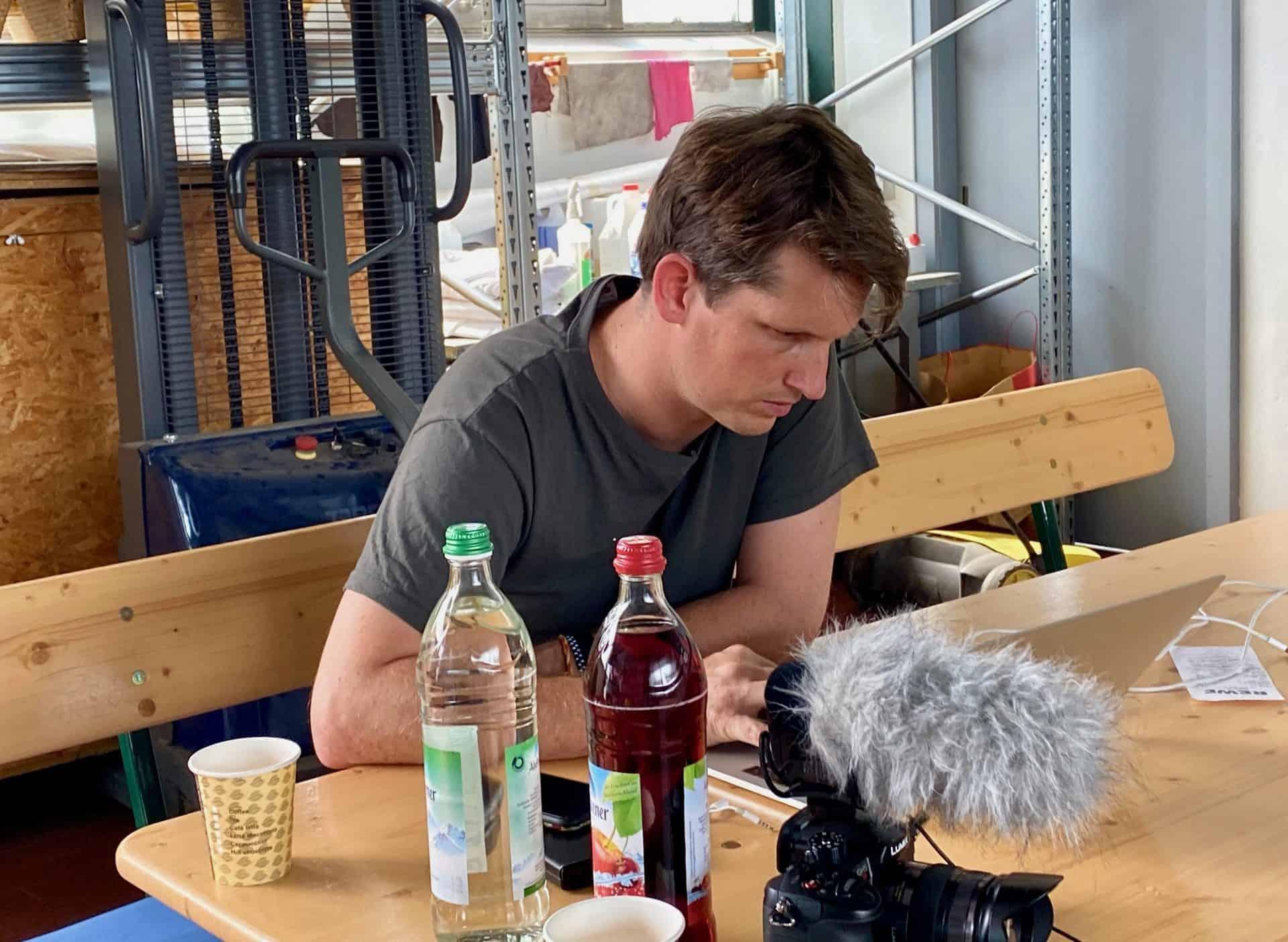 Gastankflaschen-Einbau-Video-Komponenten-Kameramann-Michel-Videoschnitt