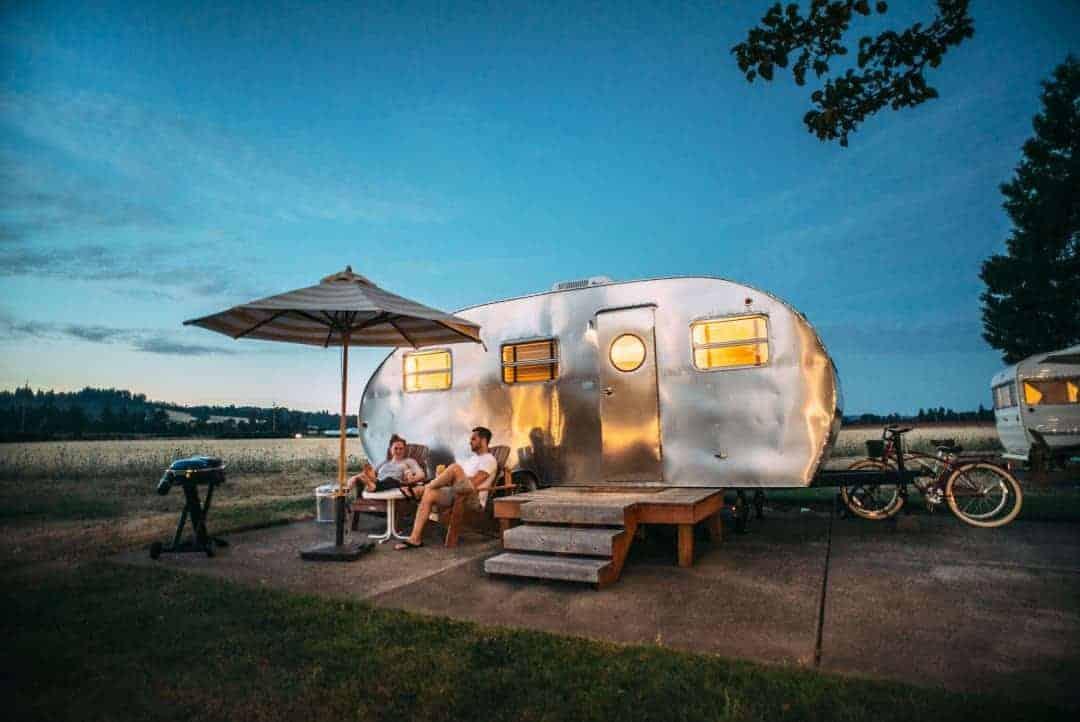 HomeCamper Wohnwagen Übernachtung