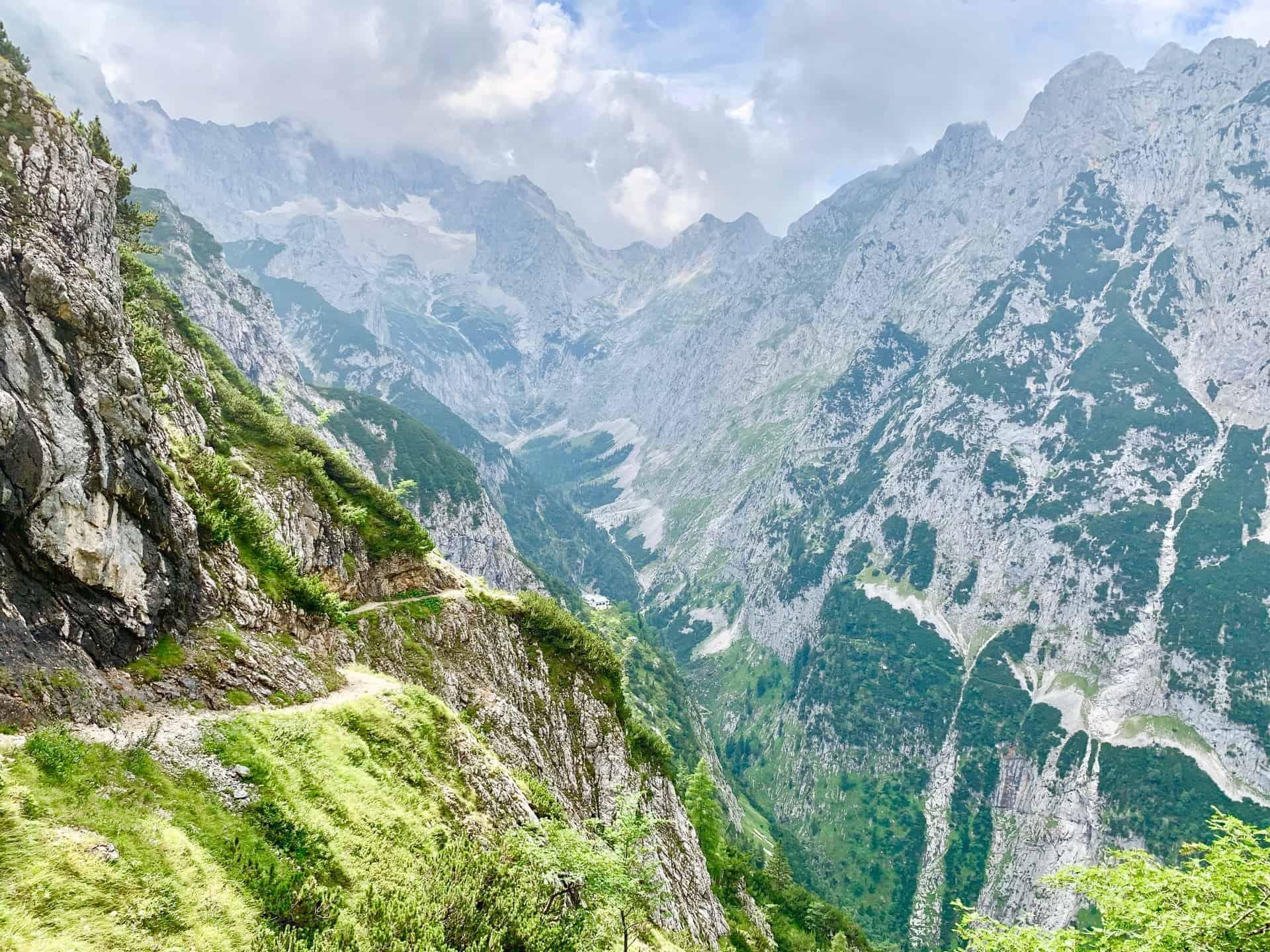 Hupfleitenjoch_Der_Blick_Richtung_Zugspitze