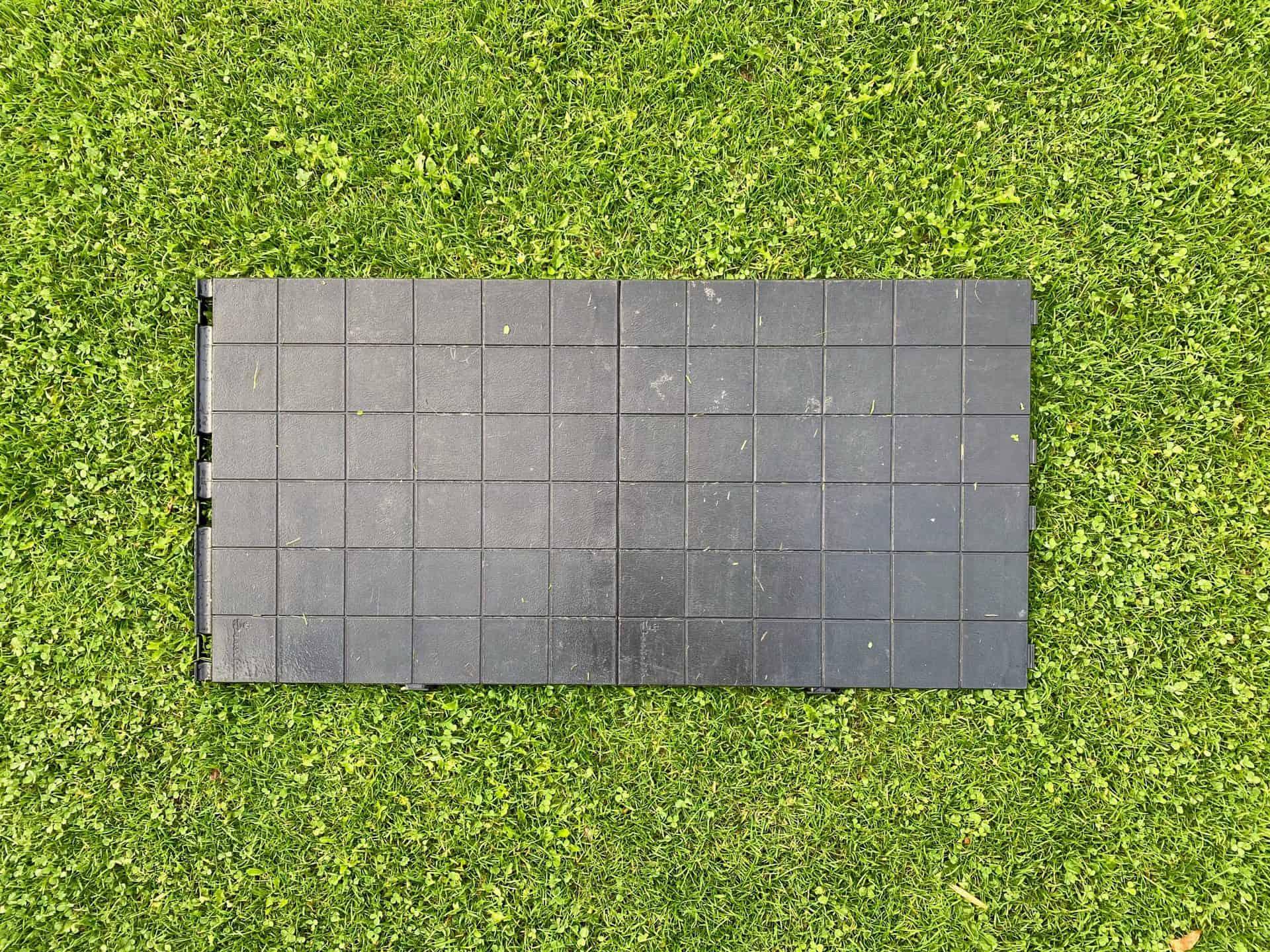 Isabella-Wohnmobil-und-Vorzelt-Bodenfliese-Bodenplatte-statt-Matchteppich