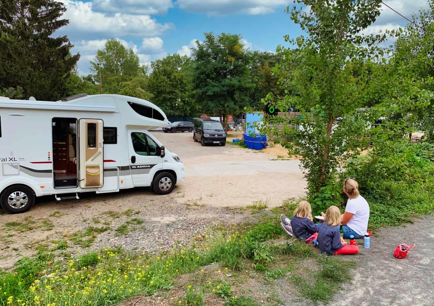 Leipzig-Stadtstrand-Beach-Wohnmobil-Parkplatz-Snack