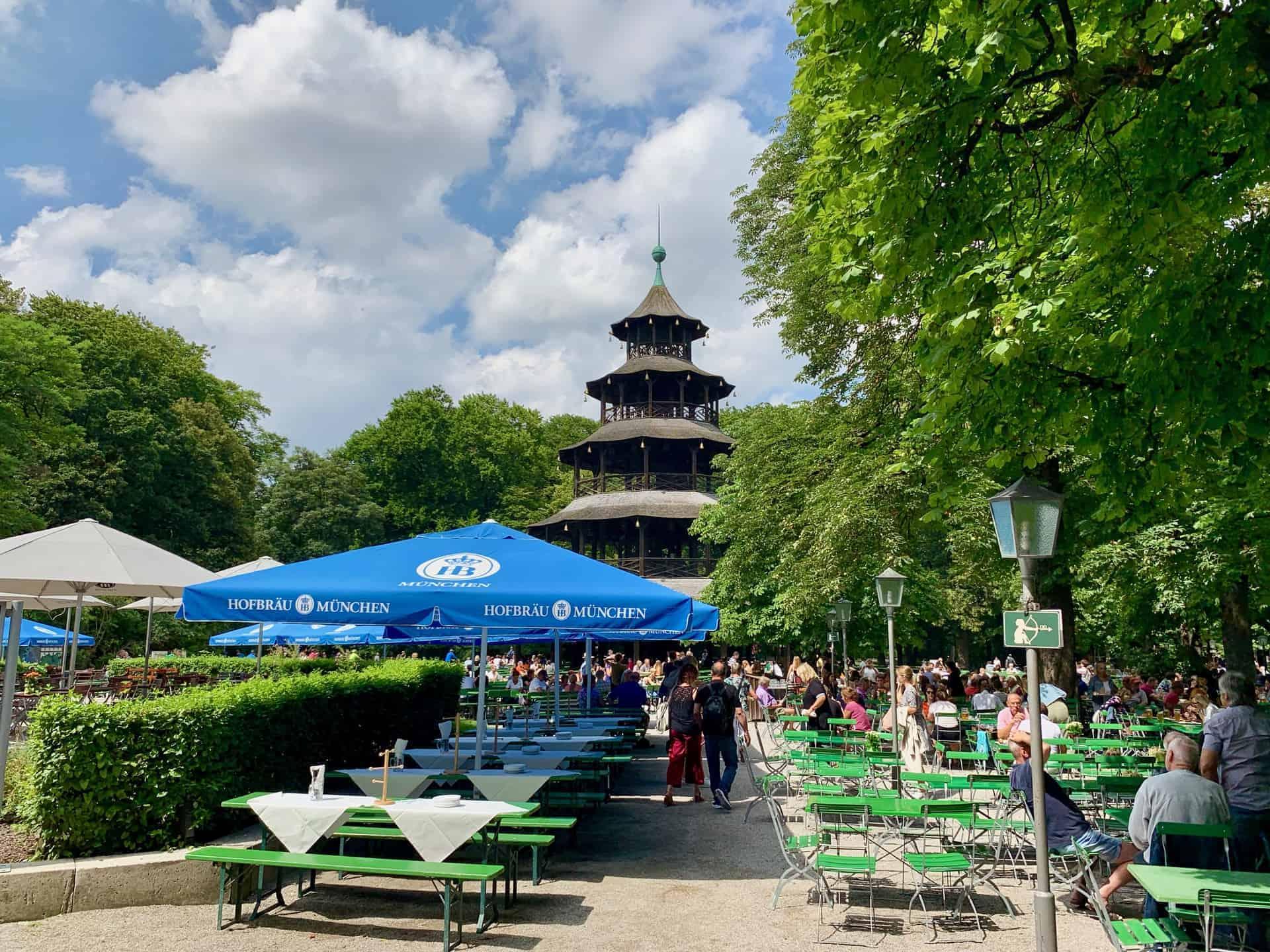 München_Biergarten_Chinesischer_Turm_Blick
