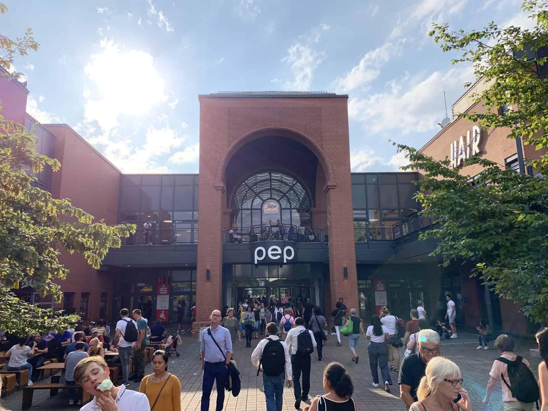 München_Einkaufzentrum_PEP_Haupteingang