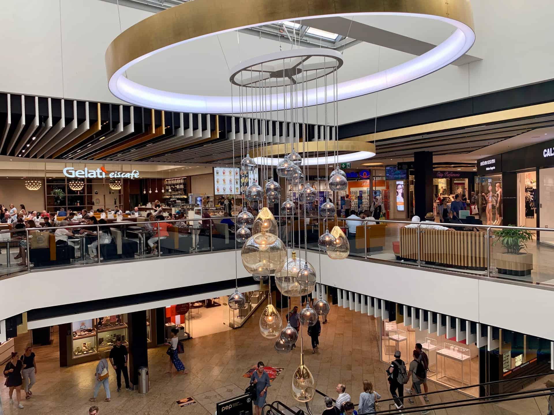 München_Einkaufzentrum_PEP_älterer-Bauteil_modernisiert
