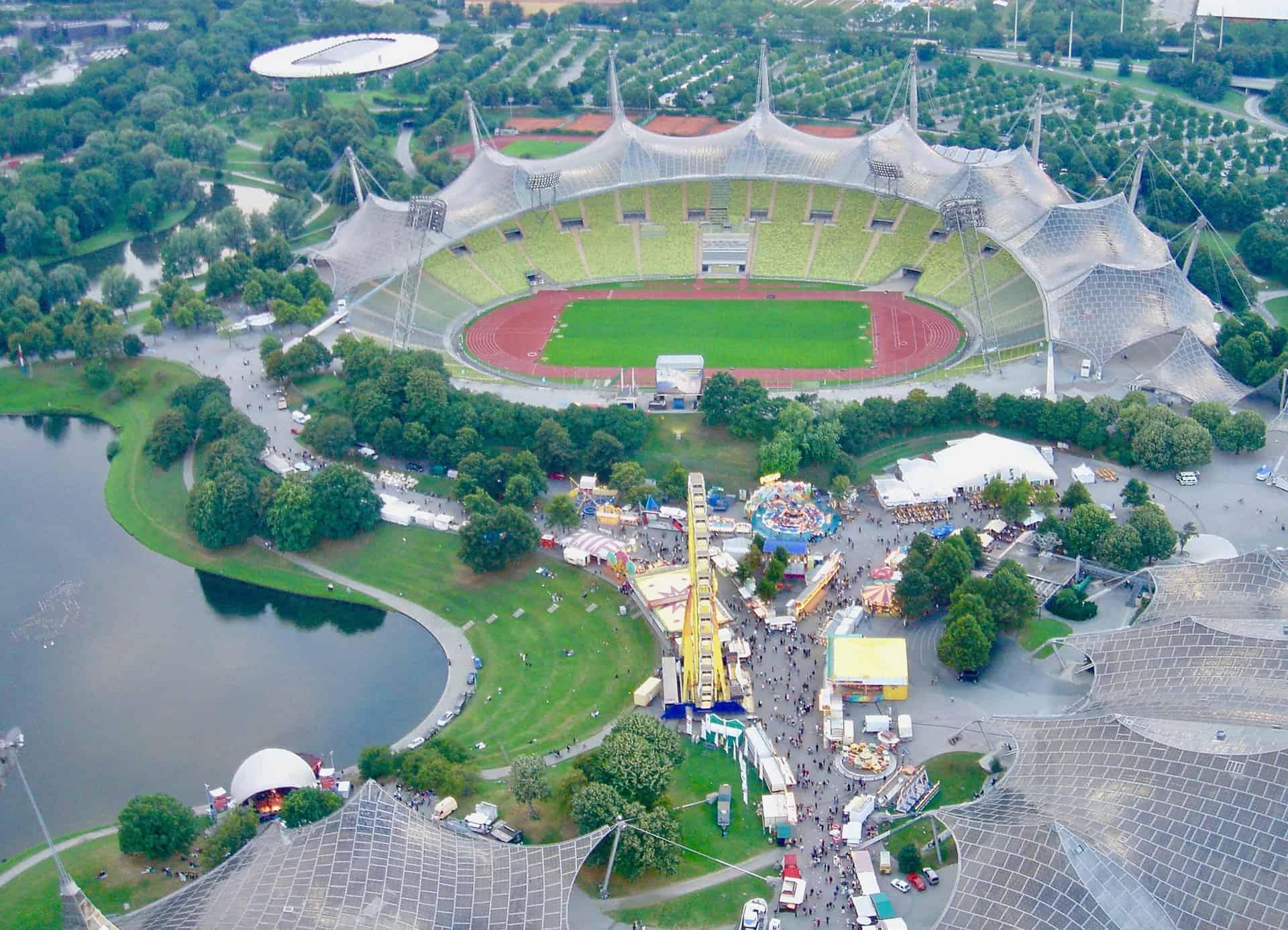 München_Olympiapark_Olympiastation_vom_Olympiaturm