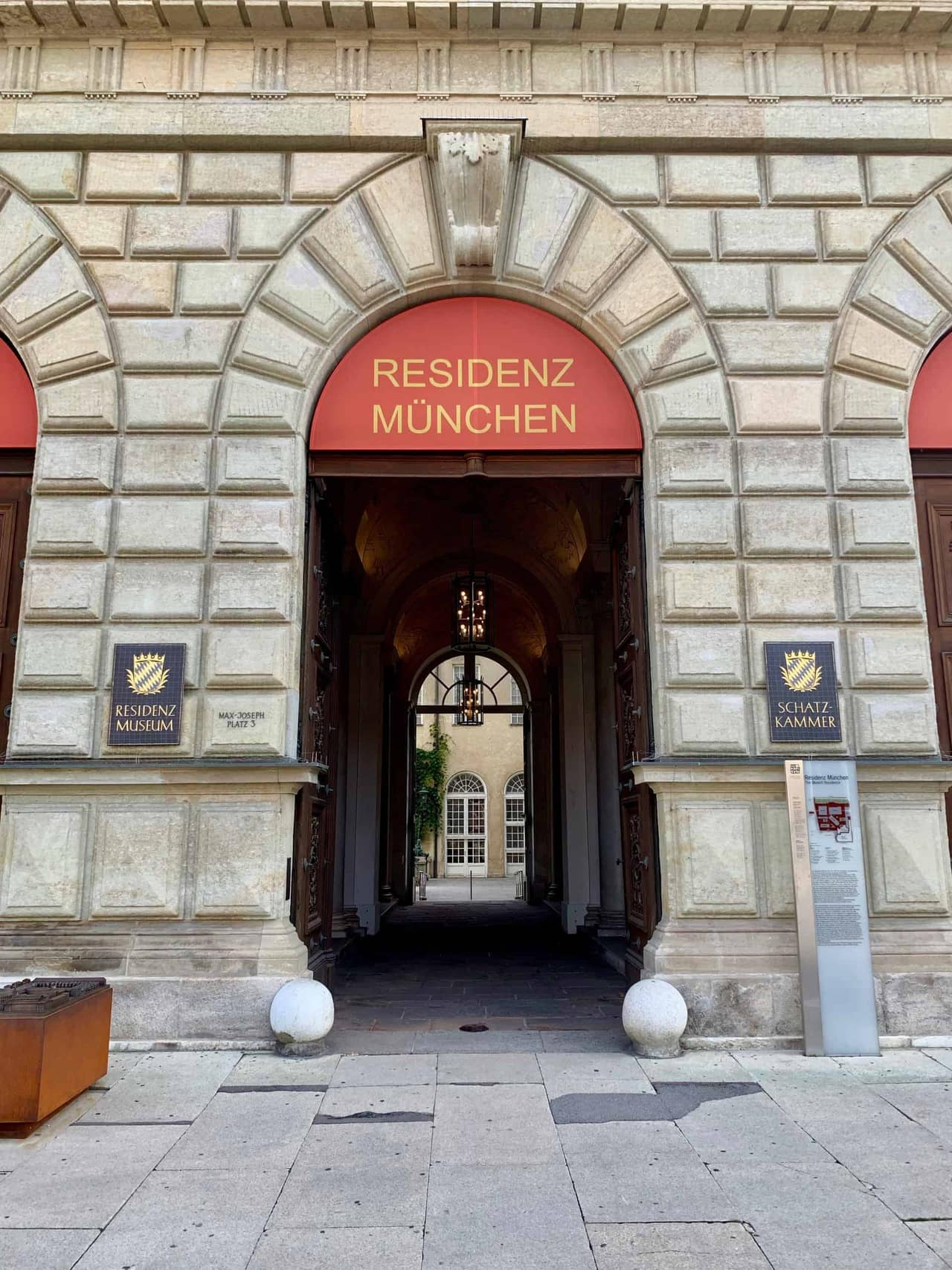 München_Residenz_München_Eingang