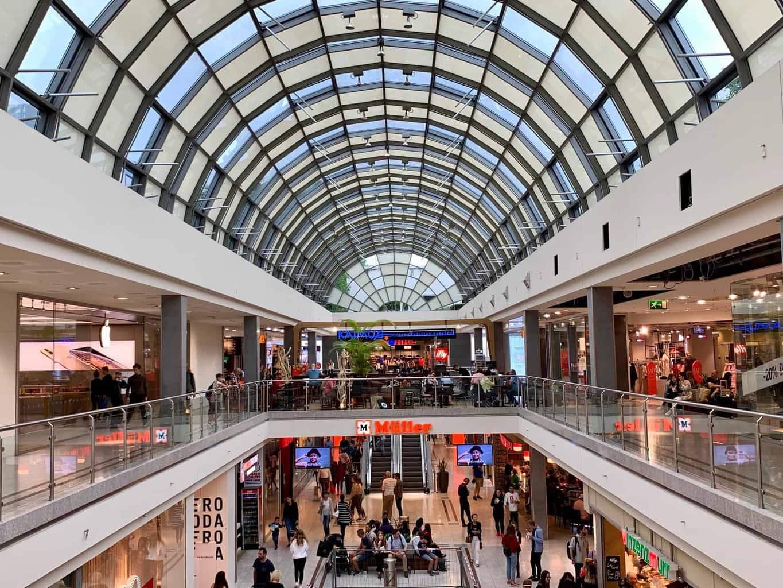 München_Shopping_Olympia_Einkaufszentrum_Passage