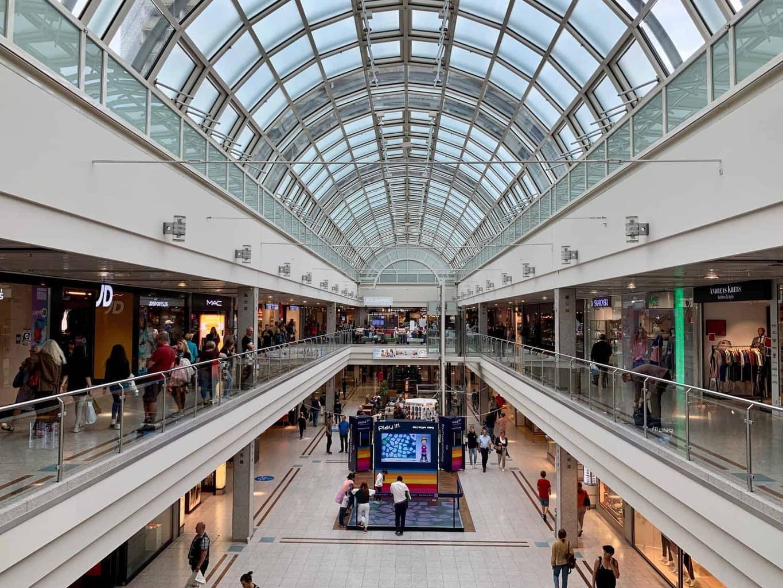 München_Shopping_Olympia_Einkaufszentrum_Passage_2