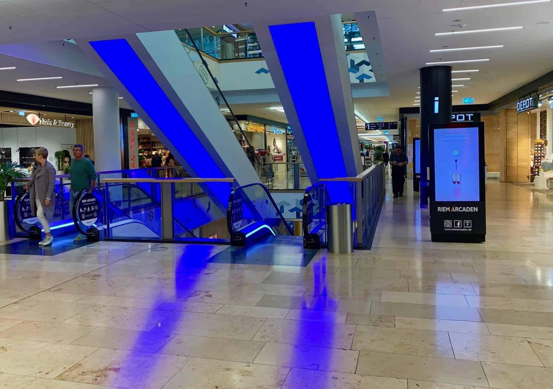 München_Shopping_Riem_Arcaden_Erster_Stock