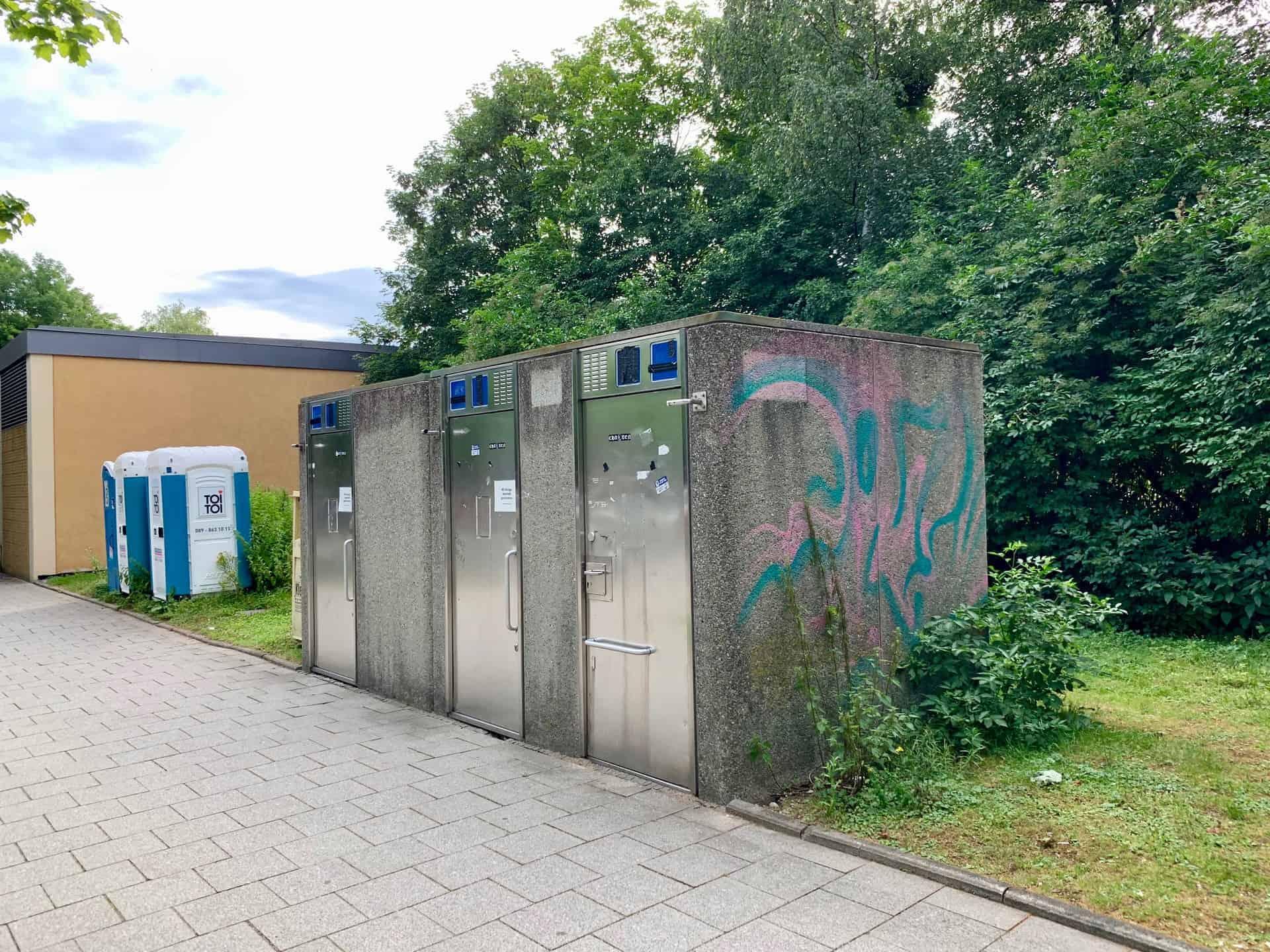 München_Studentenstadt_PR_Parkplatz_Toiletten