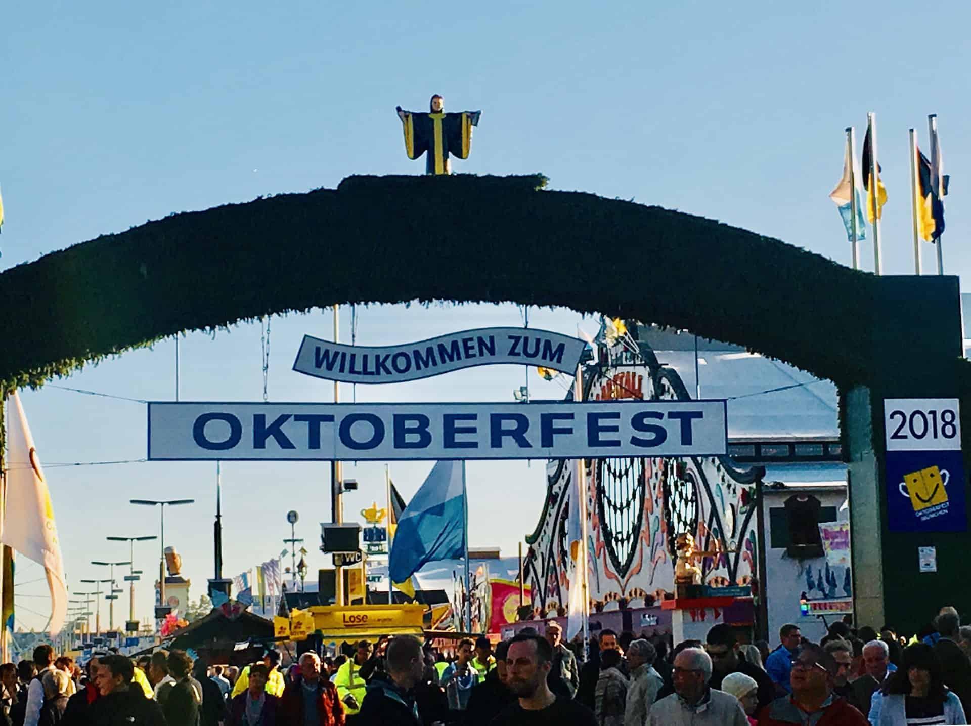 Oktoberfest_Wiesn_Haupteingang