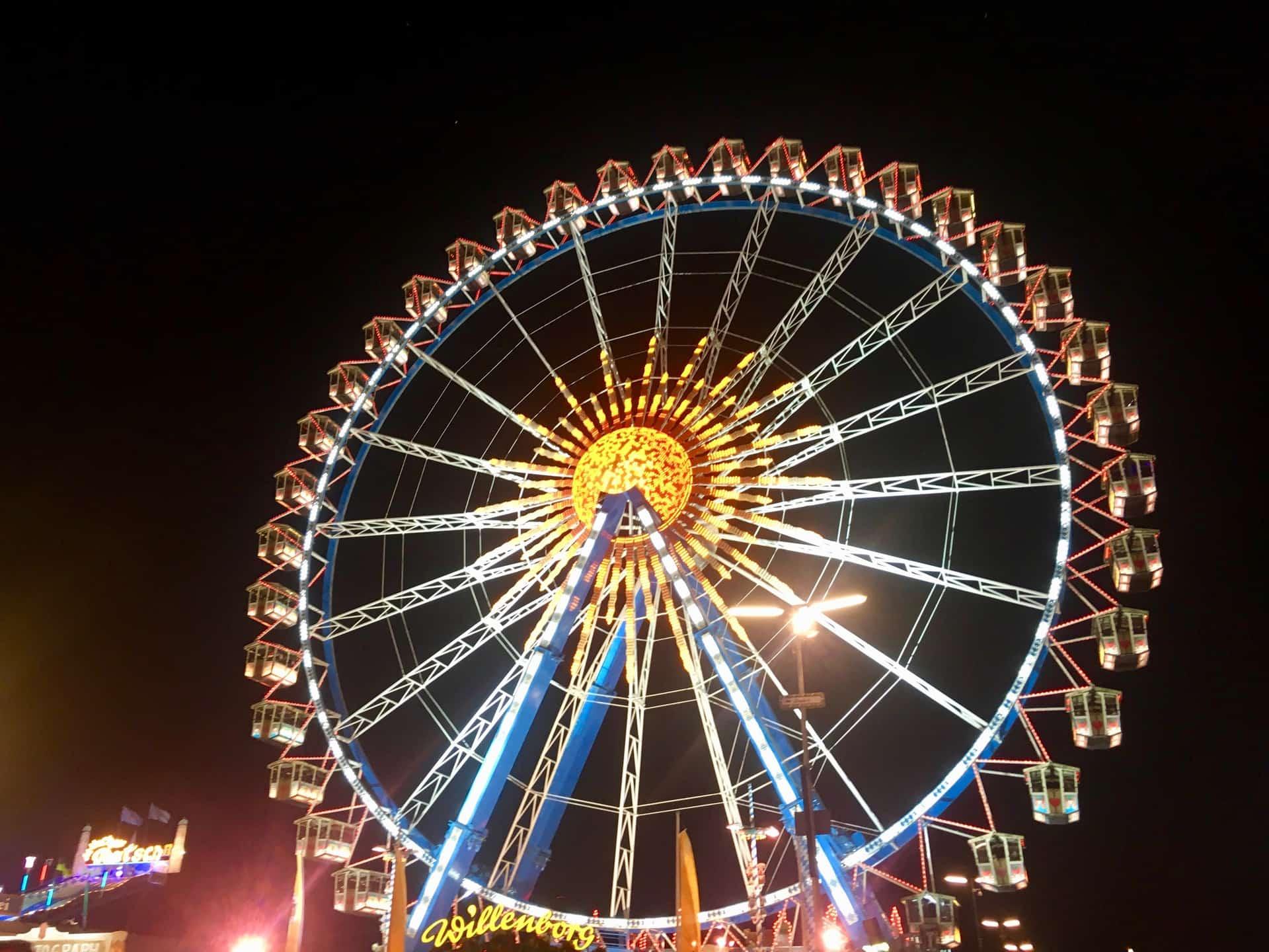 Oktoberfest_Wiesn_Riesenrad_bei_Nacht