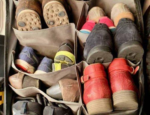 Platzsparender Organizer für Schuhe und Campingausrüstung