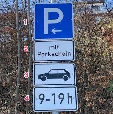 Verkehrszeichen_315_mit_Zusatzzeichen_1052-33_und_1048-10_und_1040-31-makiert