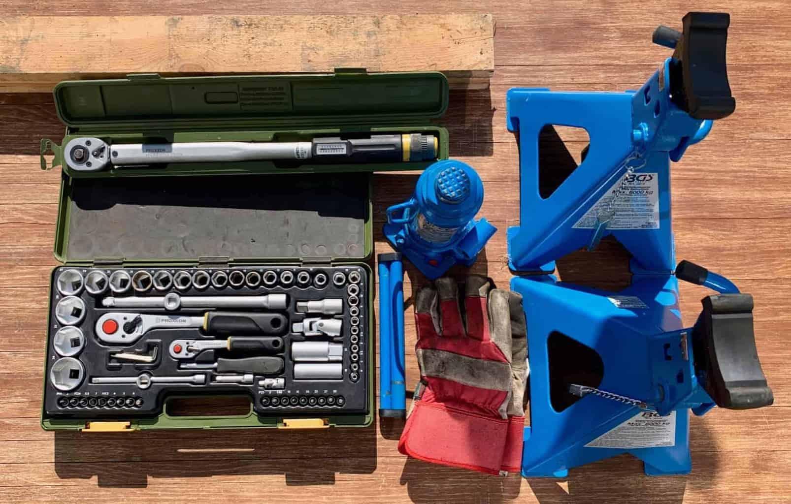 Werkzeug_Alles_zum_Reifen_wechseln