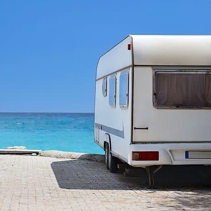Wohnwagen am Meer e1548669385683