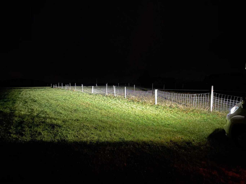 iPhone12Pro-Fotos-Nachtaufnahme-Scheinwerfer-Wohnmobil