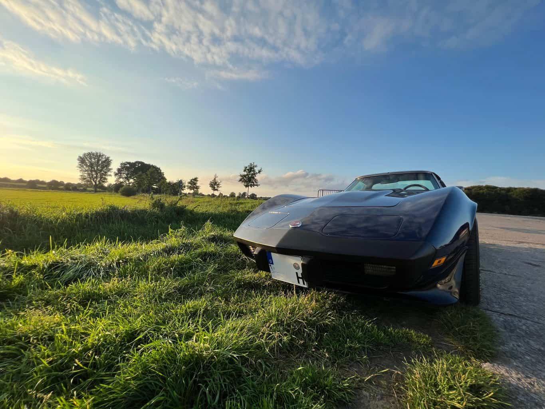 iPhone13-Pro-Foto-Landschaft-Corvette-ohne-Nummernschild
